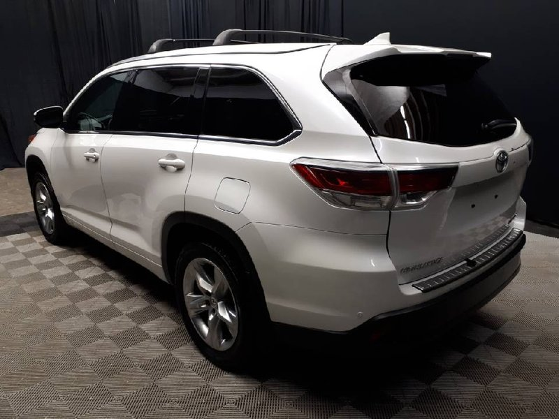 2015 Toyota Highlander for sale in Edmonton, Alberta