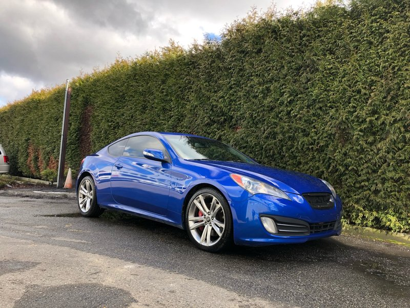 2010 Hyundai Genesis Coupe for sale in Surrey, British Columbia