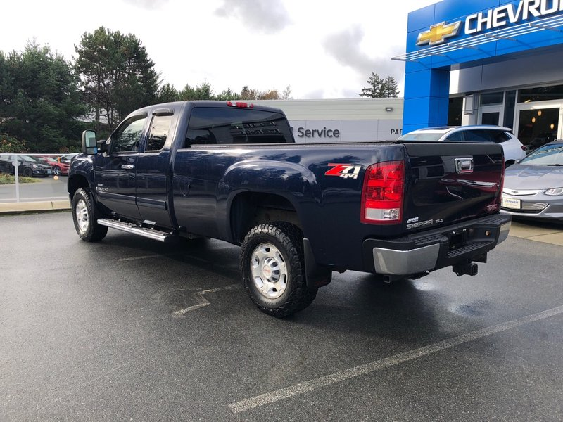 2009 GMC Sierra 2500HD for sale in Victoria, British Columbia