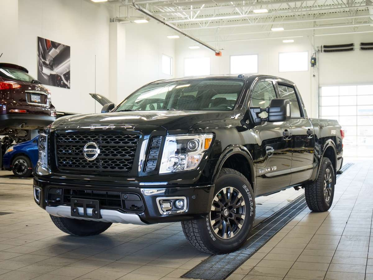 2018 nissan titan for sale in kelowna. Black Bedroom Furniture Sets. Home Design Ideas