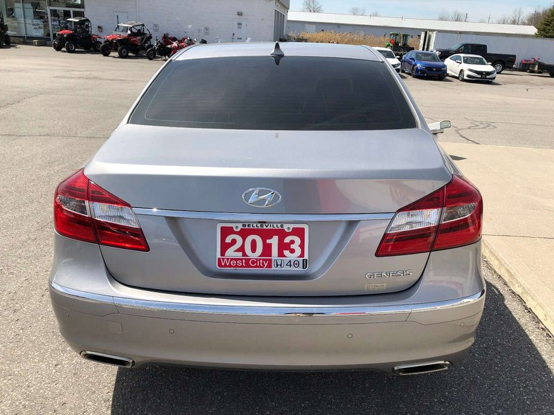 2013 Hyundai Genesis Sedan for sale in Belleville, Ontario