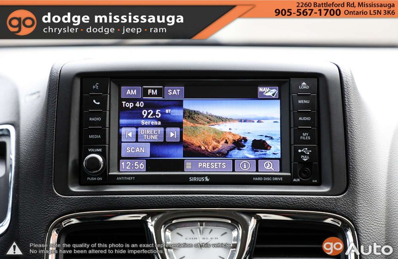 2016 Chrysler Town & Country for sale in Mississauga, Ontario