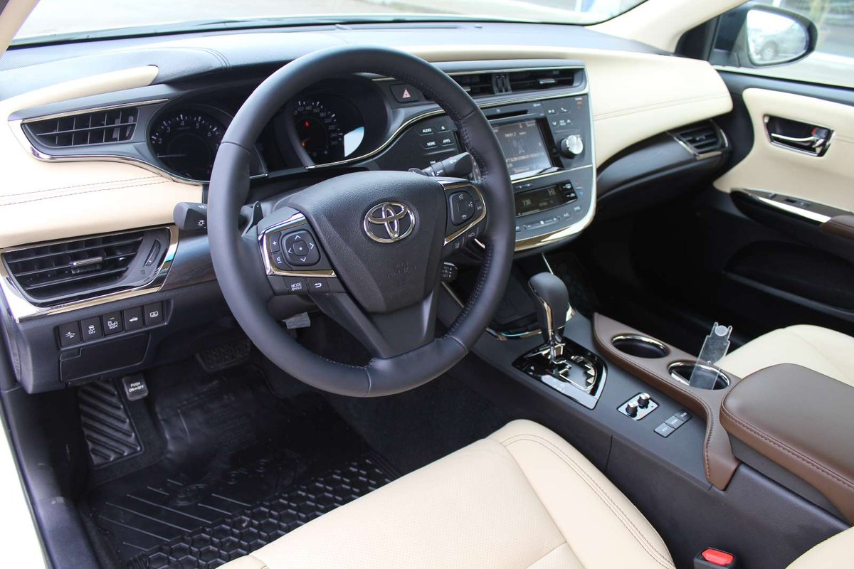 2017 Toyota Avalon for sale in Drayton Valley, Alberta