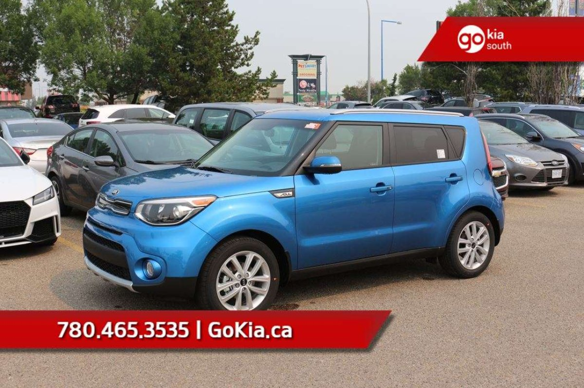Kia Soul: Heated steering wheel (if equipped)
