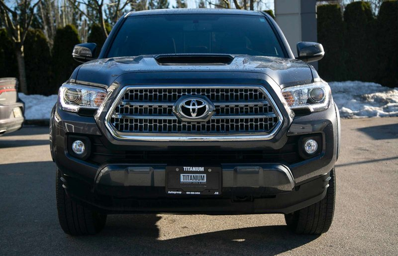 2017 Toyota Tacoma for sale in Langley, British Columbia
