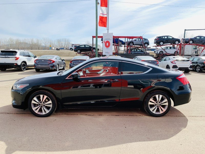 2009 Honda Accord Coupe for sale in Moose Jaw, Saskatchewan