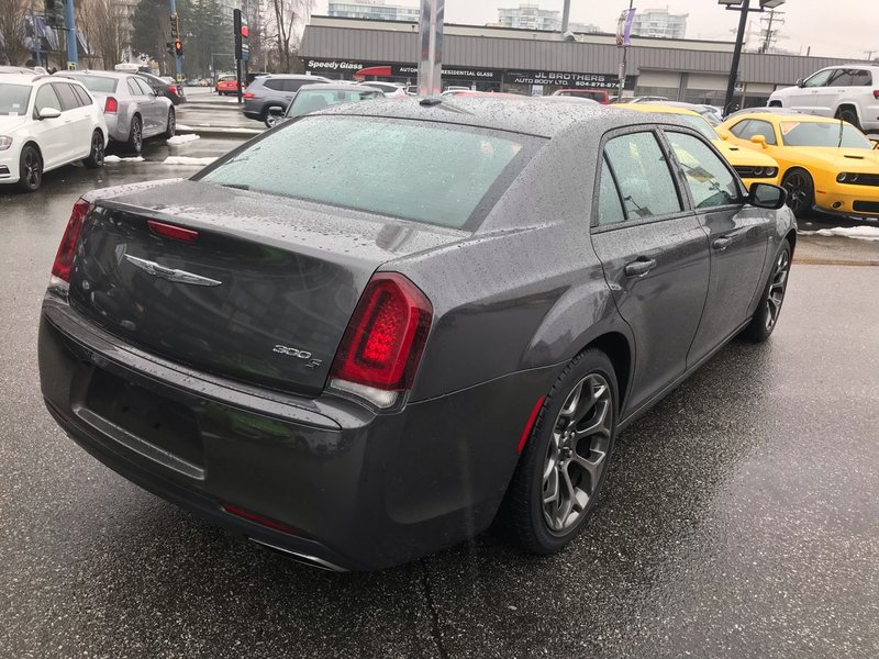 2016 Chrysler 300 for sale in Richmond, British Columbia
