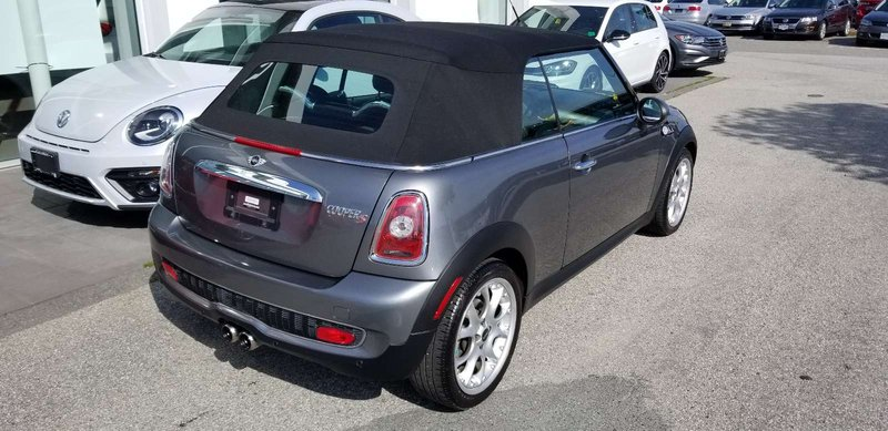 2009 MINI Cooper Convertible for sale in Langley, British Columbia