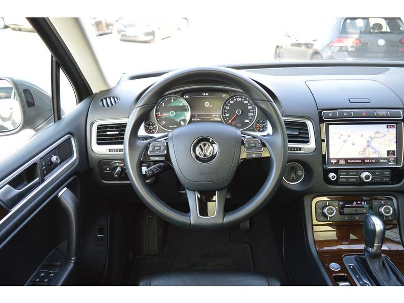2015 Volkswagen Touareg for sale in Chatham, Ontario