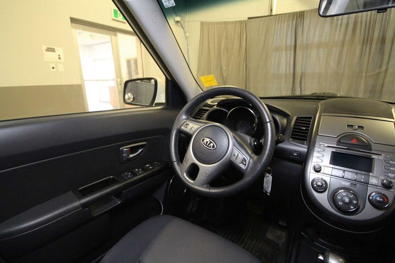 2011 Kia Soul for sale in Moose Jaw, Saskatchewan