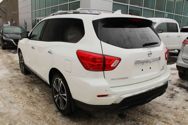2019 Nissan Pathfinder for sale in Edmonton, Alberta