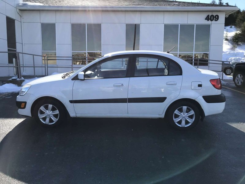 2007 Kia Rio for sale in St. John's, Newfoundland and Labrador