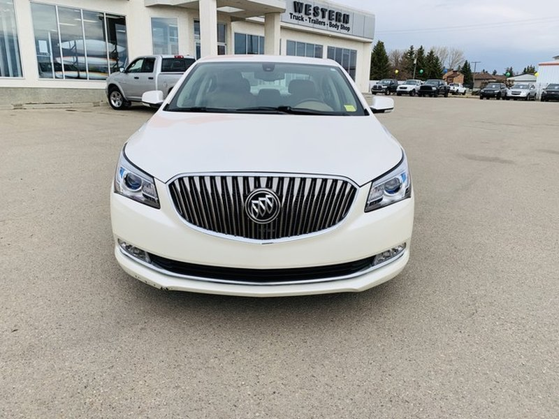 2014 Buick LaCrosse for sale in Moose Jaw, Saskatchewan