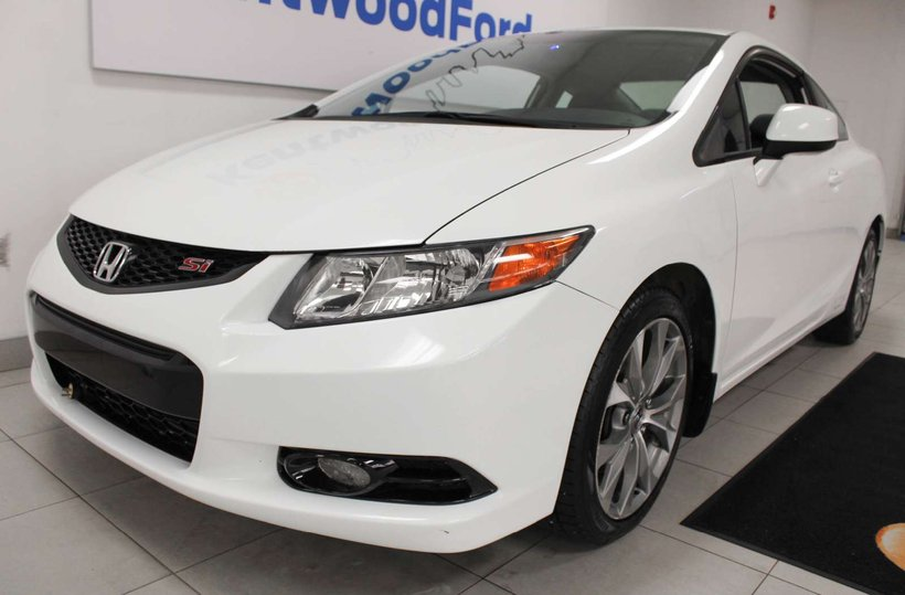 White 2012 Honda Civic Cpe Si for sale in Edmonton, Alberta