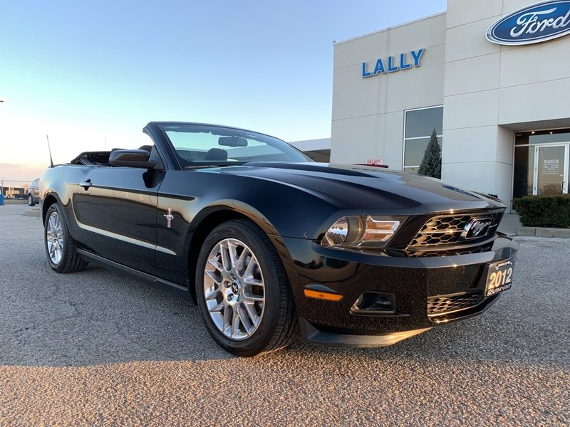2012 Ford Mustang for sale in Leamington, Ontario