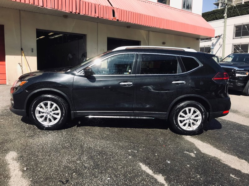 2018 Nissan Rogue for sale in Richmond, British Columbia