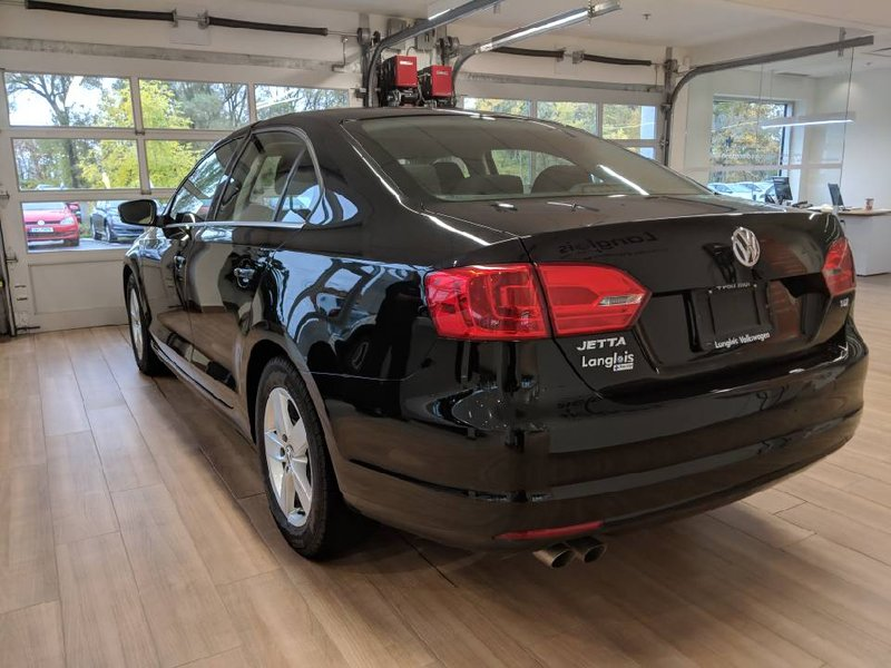 2012 Volkswagen Jetta Sedan for sale in L'Ange-Gardien, Quebec