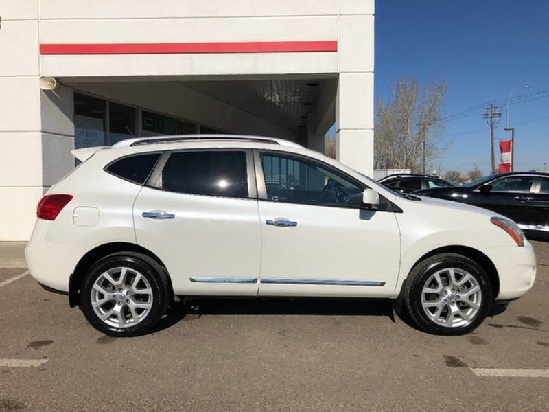 2013 Nissan Rogue for sale in Medicine Hat, Alberta