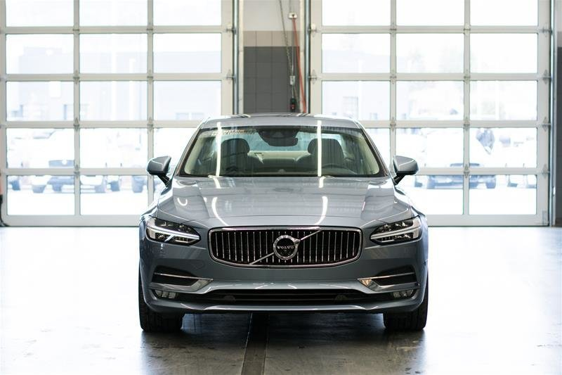 2017 Volvo S90 for sale in Kelowna, British Columbia
