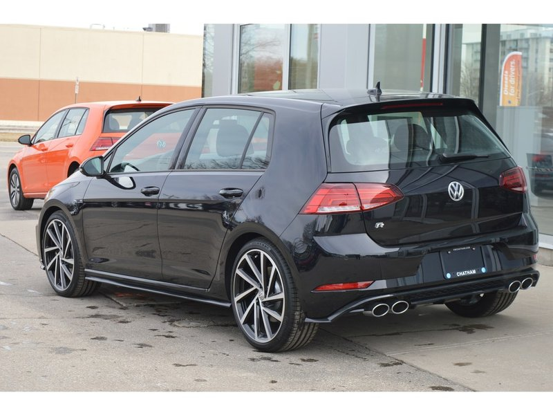 2018 Volkswagen Golf R for sale in Chatham, Ontario