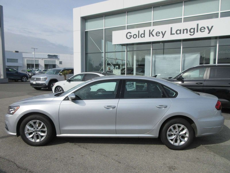 2018 Volkswagen Passat for sale in Langley, British Columbia