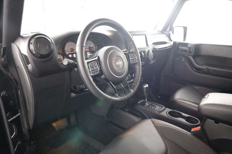2016 Jeep Wrangler Unlimited for sale in Huntsville, Ontario
