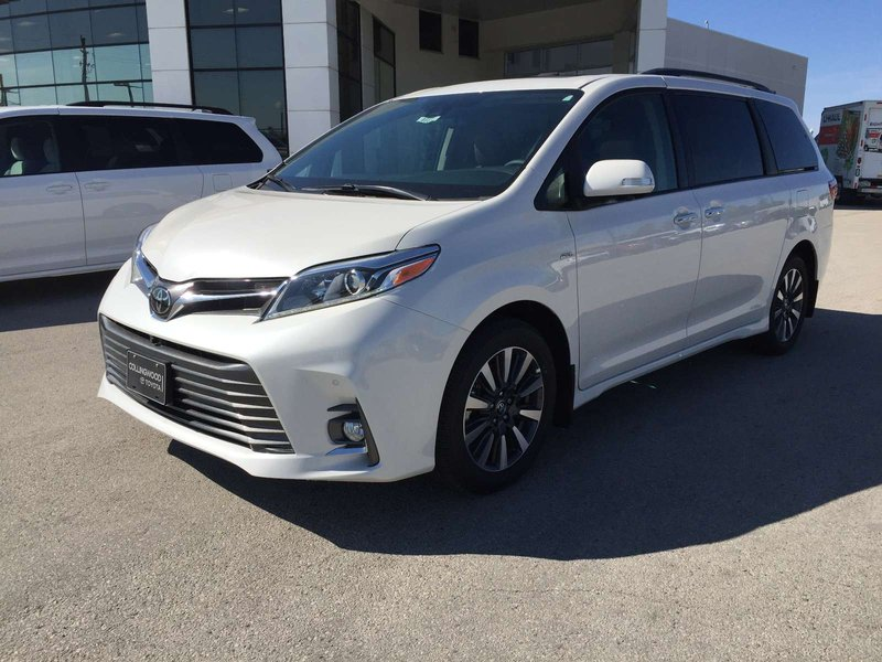 2018 Toyota Sienna for sale in Collingwood, Ontario