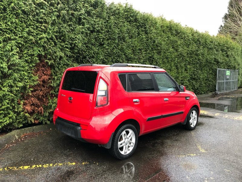 2010 Kia Soul for sale in Surrey, British Columbia