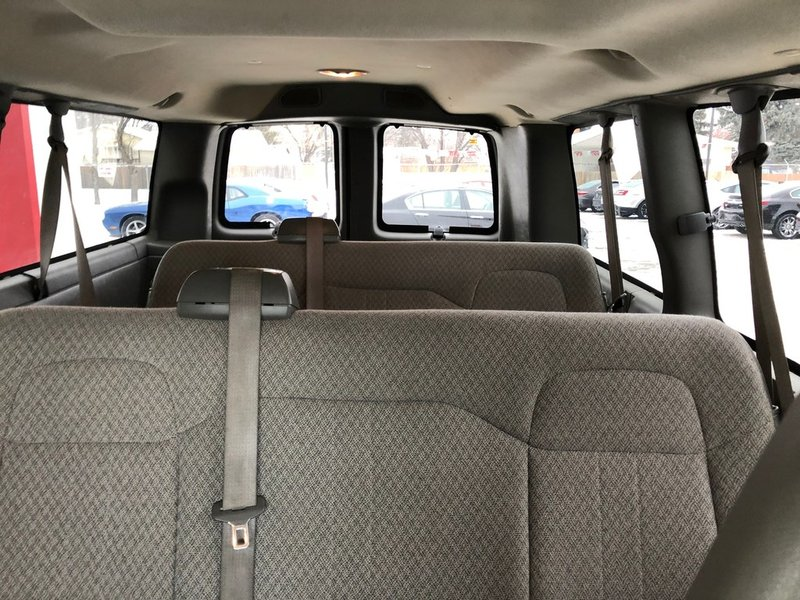 2012 Chevrolet Express Passenger for sale in Winnipeg, Manitoba
