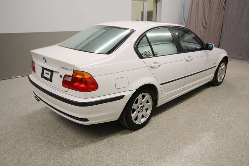 2001 BMW 3 Series for sale in Moose Jaw, Saskatchewan