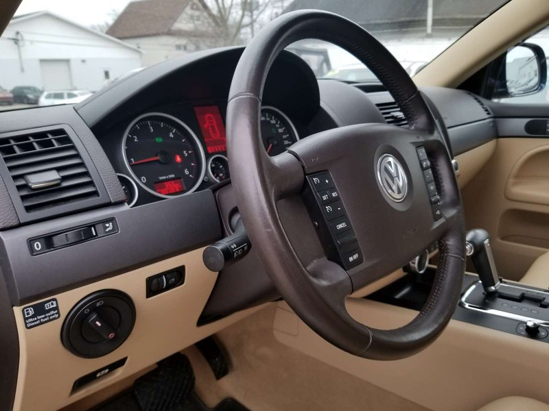 2010 Volkswagen Touareg for sale in Sydney, Nova Scotia