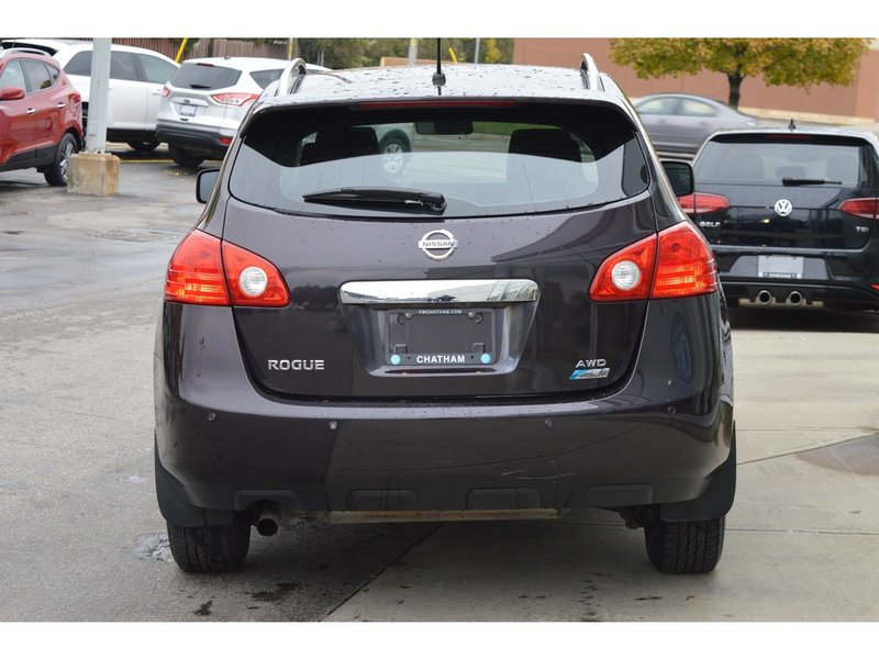 2012 Nissan Rogue for sale in Chatham, Ontario