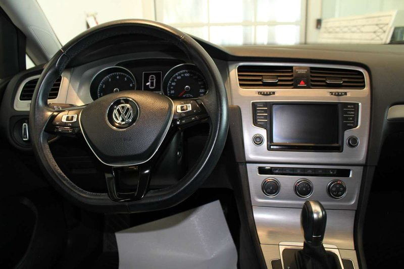 2016 Volkswagen Golf for sale in Edmonton, Alberta