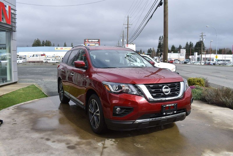 2018 Nissan Pathfinder for sale in Campbell River, British Columbia