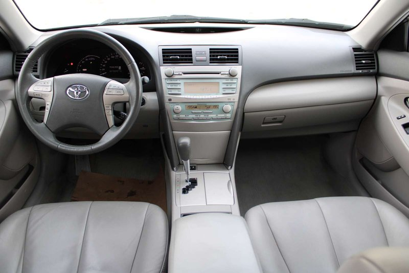 2008 Toyota Camry Hybrid for sale in Edmonton, Alberta