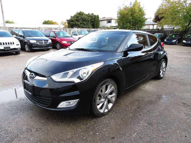 2017 Hyundai Veloster for sale in Midland, Ontario