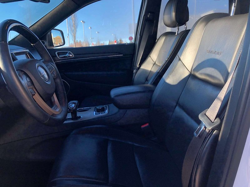 2014 Jeep Grand Cherokee for sale in Edmonton, Alberta