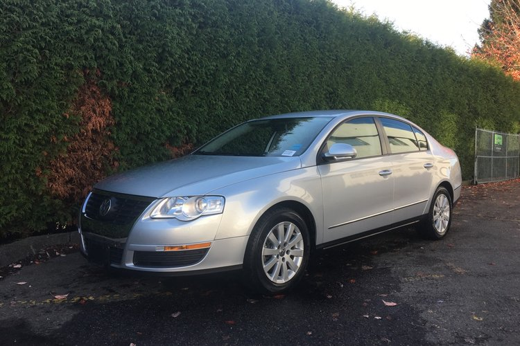 2010 Volkswagen Passat Sedan Comfortline for sale in Surrey, British Columbia