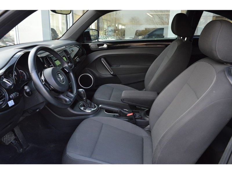 2013 Volkswagen Beetle Coupe for sale in Chatham, Ontario