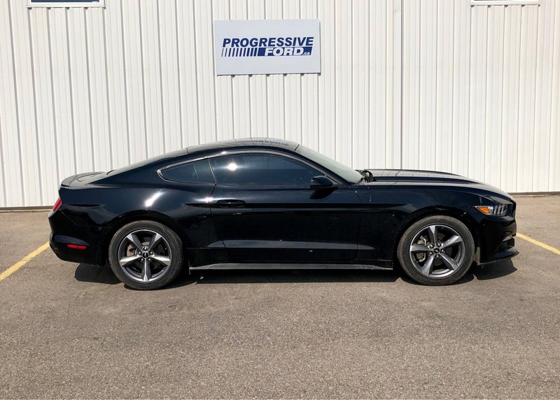 2017 Ford Mustang for sale in Wallaceburg, Ontario
