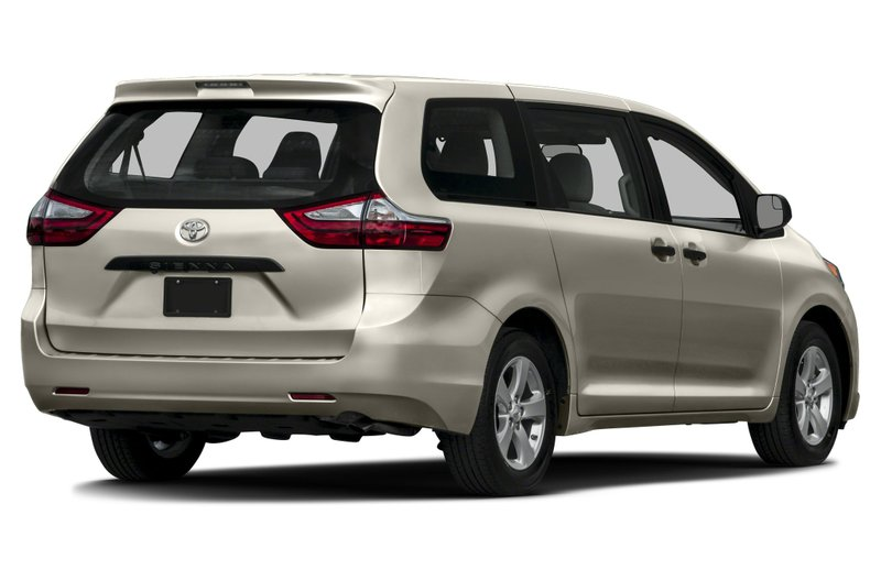2017 Toyota Sienna for sale in Prince Albert, Saskatchewan