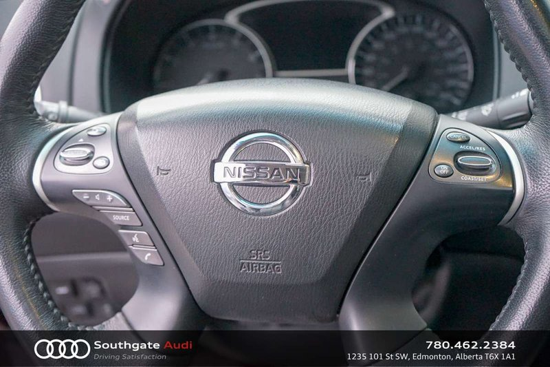 2015 Nissan Pathfinder for sale in Edmonton, Alberta