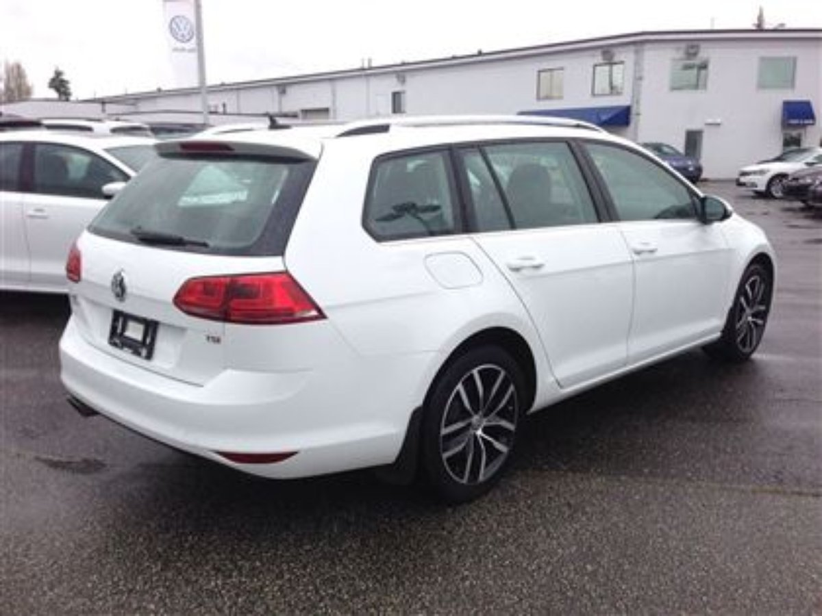 2015 Volkswagen Golf Sportwagon for sale in Langley, British Columbia