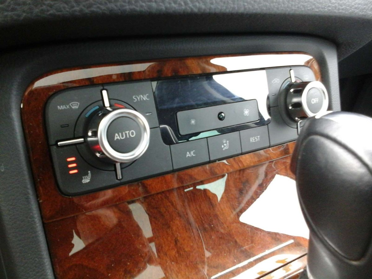 2014 Volkswagen Touareg for sale in Sydney, Nova Scotia