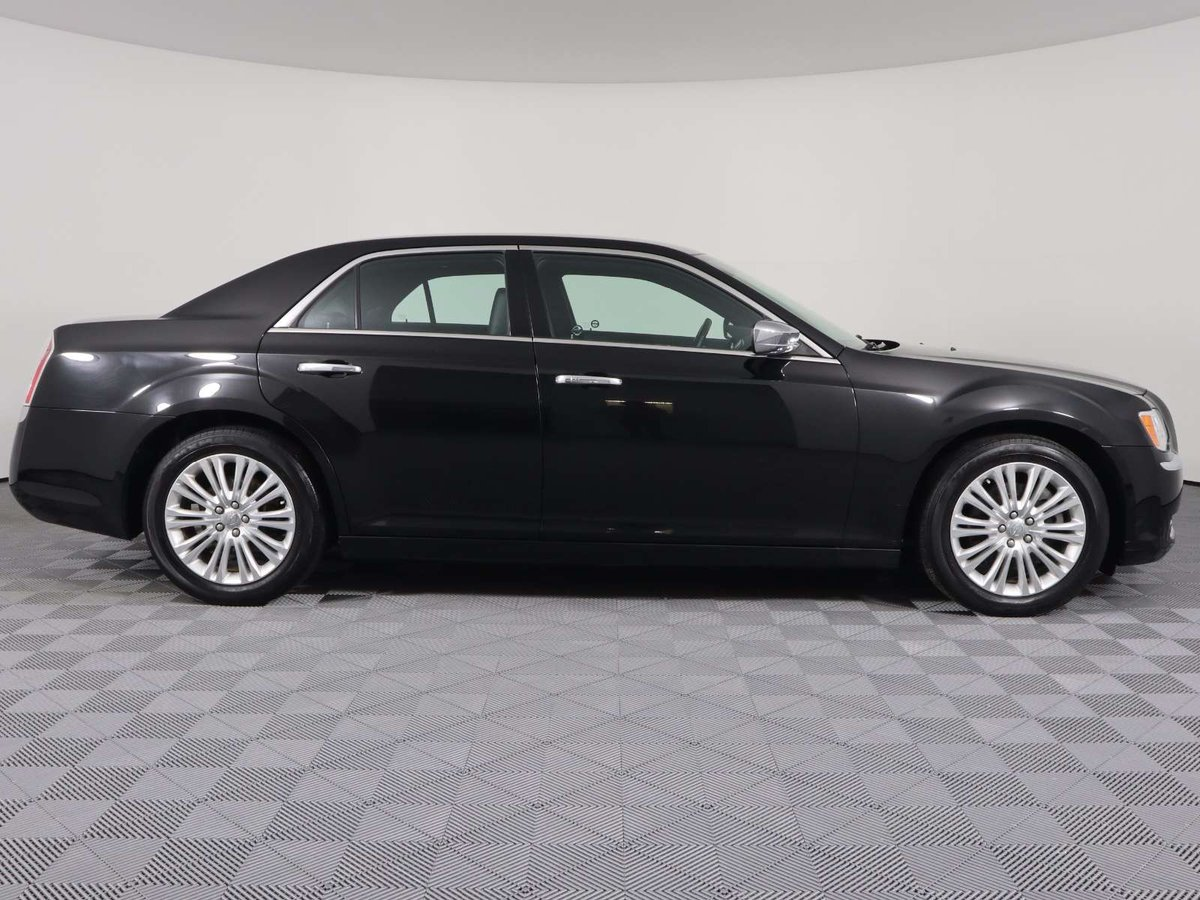 2014 Chrysler 300 for sale in Huntsville, Ontario