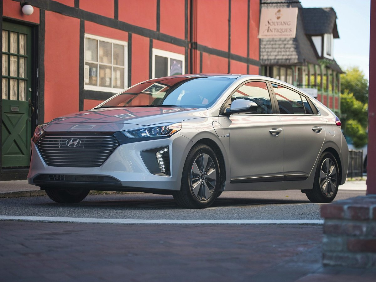 2018 Hyundai IONIQ PLUG-IN HYBRID for sale in Maple Ridge, British Columbia