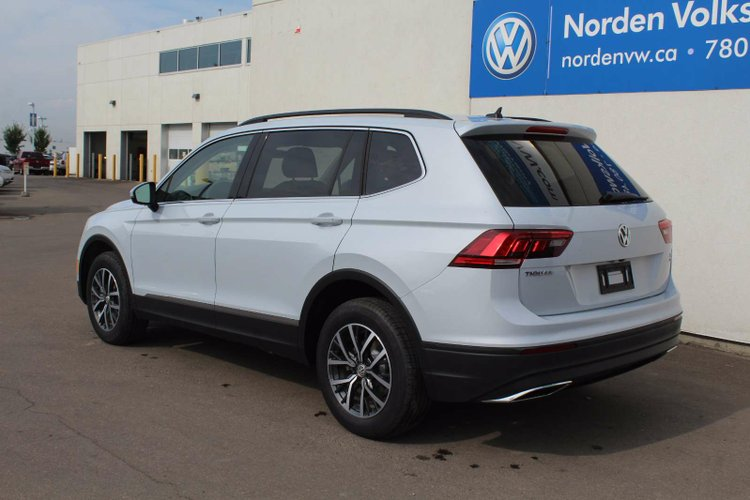 new 2018 volkswagen tiguan comfortline 18ti1729 edmonton alberta go auto. Black Bedroom Furniture Sets. Home Design Ideas