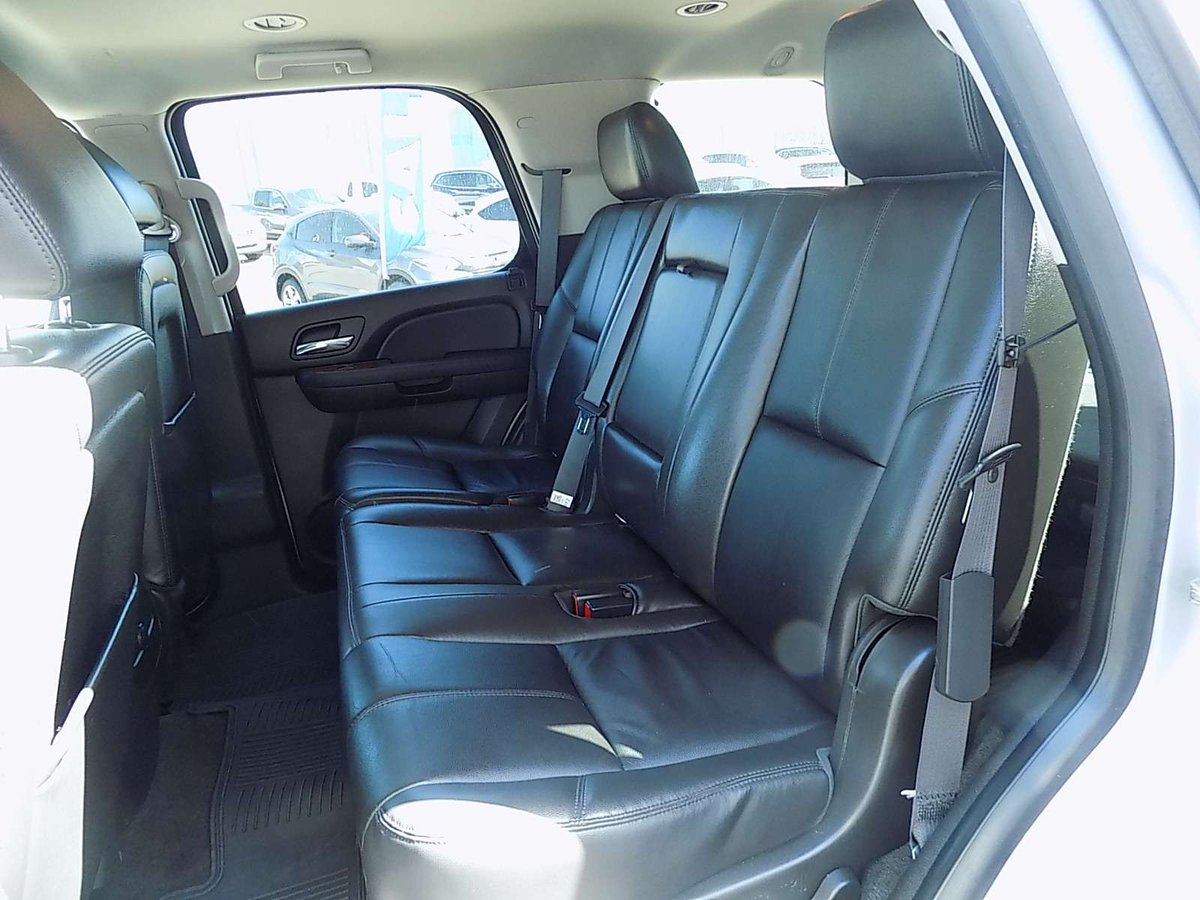 2013 GMC Yukon for sale in Medicine Hat, Alberta