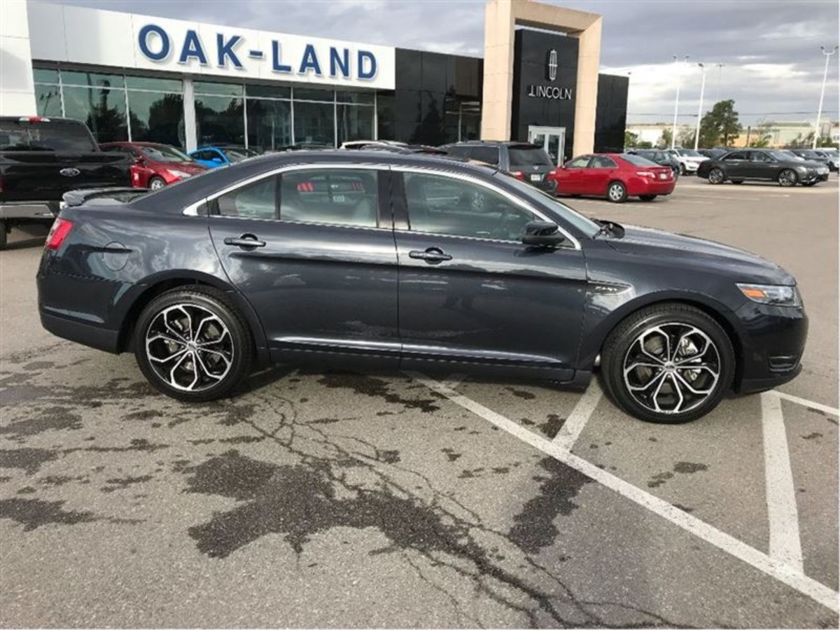 2017 Ford Taurus for sale in Oakville, Ontario
